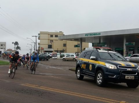 Polícia Rodoviária Federal informa bloqueios na BR 285 na manhã de domingo para volta ciclística