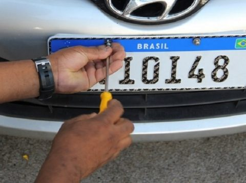 A partir desta segunda-feira, o emplacamento de veículos no Rio Grande do Sul fica mais fácil e rápido