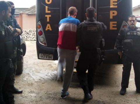 Operação de transferência de presos é realizada no Presídio de Pelotas