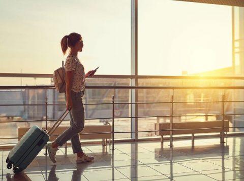 A Justiça gaúcha condenou uma agência de turismo a indenizar consumidora que enfrentou transtornos durante viagem à Europa