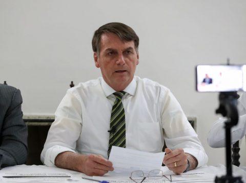 Bolsonaro questiona se óleo no Nordeste seria ato criminoso para afetar leilão da cessão onerosa