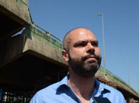 Prefeito de São Paulo recebe alta, mas retorna ao trabalho com restrições