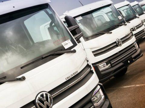 Os maiores fabricantes de caminhões estão otimistas com o Brasil, mesmo com a lenta recuperação econômica