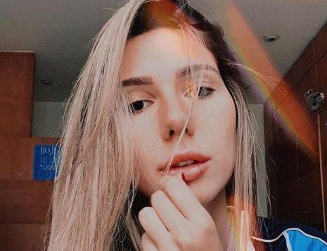 Carol Portaluppi, filha do técnico do Grêmio, relata agressões de torcedores do Flamengo e diz estar horrorizada
