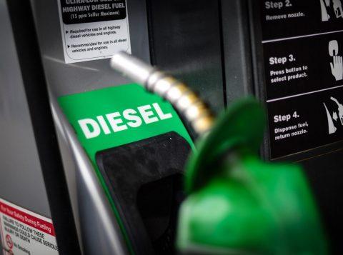 O diesel fica 2,5% mais caro em todo o País