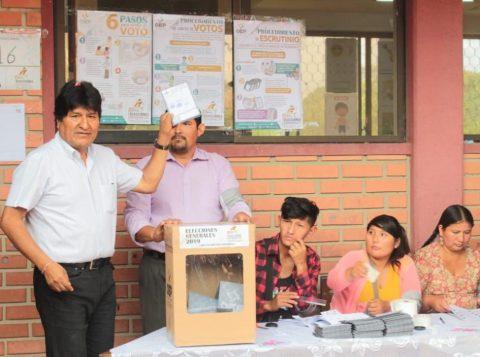 Tribunal na Bolívia volta a considerar primeira contagem de votos e dá vitória a Evo Morales
