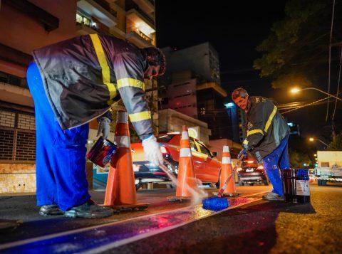 Novas faixas exclusivas para ônibus entram em operação nesta segunda em Porto Alegre