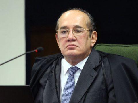No Rio de Janeiro, manifestantes pedem o impeachment do ministro do Supremo Gilmar Mendes