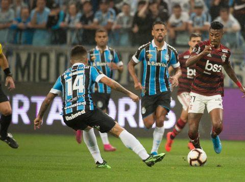 Grêmio e Flamengo se enfrentam no Maracanã para decidir quem disputará a final da Libertadores contra o River
