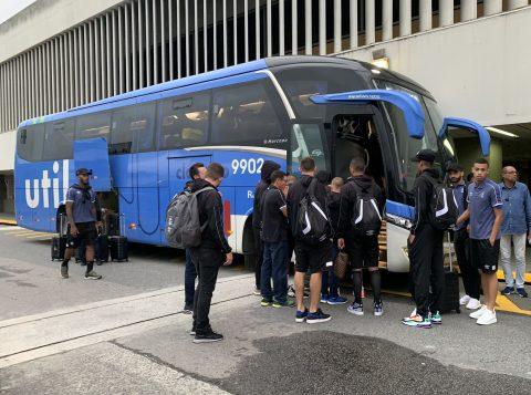 O Grêmio já está no Rio de Janeiro para o jogo de volta contra o Flamengo pelas semifinais da Libertadores