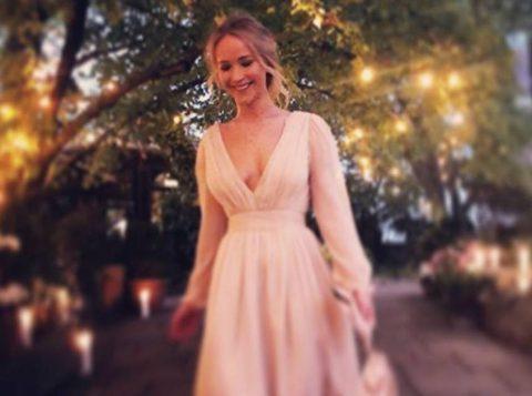 A atriz Jennifer Lawrence se casou em uma mansão mal-assombrada de 15 milhões de reais