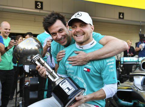 GP do Japão: Bottas vence após dupla da Ferrari errar na largada; Mercedes é hexa de Construtores