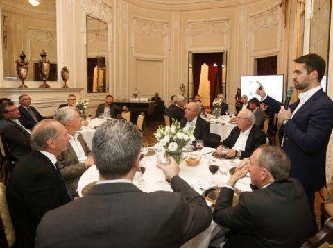 Governador gaúcho apresenta a reforma estrutural do Estado a líderes e presidentes de entidades empresariais