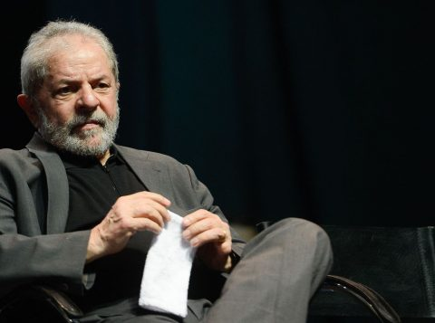 A defesa de Lula começou a alinhavar teses que podem ser usadas para impedir a ida para o semiaberto