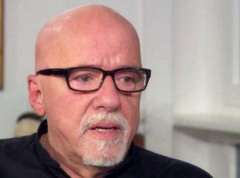 Paulo Coelho comenta a suspeita de que Raul Seixas o entregou ao regime militar