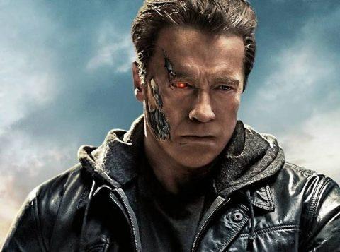 """""""O Exterminador do Futuro"""": Arnold Schwarzenegger compartilha novo trailer"""