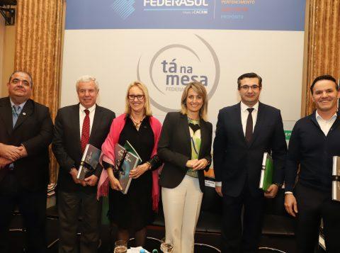 Transformação dos bancos para o meio digital foi o tema da edição do Tá na Mesa da Federasul desta quarta