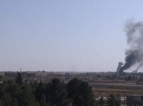 Ataque aéreo atinge carros que transportavam civis na Síria e deixa 10 mortos. Ao todo, 26 civis morreram na região apenas neste domingo
