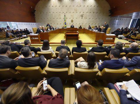 Deputados do grupo de Bolsonaro acionam o Supremo para evitar suspensão do PSL