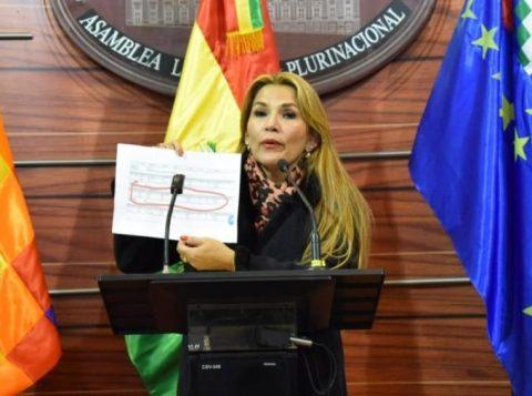 Governo brasileiro reconhece Jeanine Añez como presidente interina da Bolívia