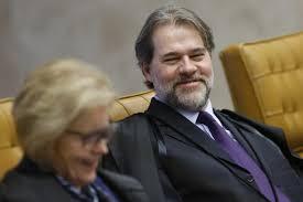 STF rende-se a Lula e garante liberdade para condenados da Lava-Jato