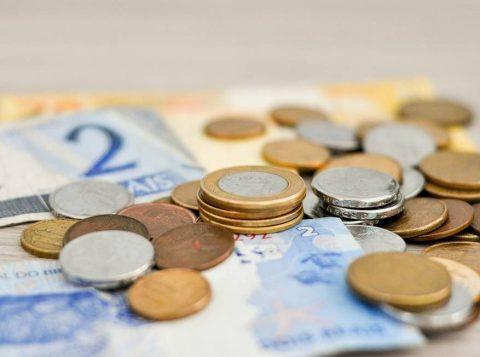 Contas digitais podem garantir economia para você com tarifas bancárias