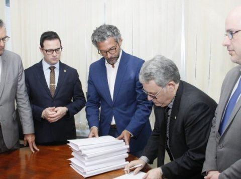 Governo do Estado protocola na Assembleia Legislativa projetos de reestruturação