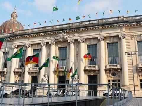 O governo do Estado repartirá 7 bilhões de reais do ICMS entre as quase 500 prefeituras gaúchas no ano que vem