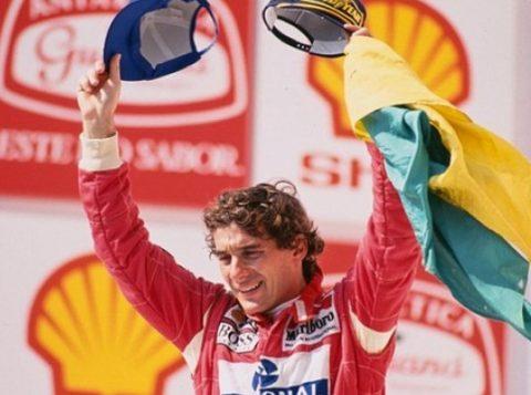 25 anos depois da morte de Ayrton Senna, ele permanece na memória do País. Apenas 4% dos brasileiros não reconhecem o rosto do piloto