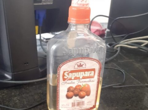 Bebida ingerida por grupo que morreu em Barueri será analisada pela polícia