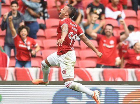 Com dois gols de Pottker, Inter vence o Fluminense no Beira-Rio por 2 a 1
