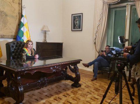 Bolívia expulsará todos os diplomatas venezuelanos e cogita deixar Unasul
