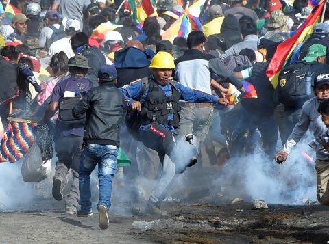 Igreja Católica pede diálogo para restaurar a paz na Bolívia