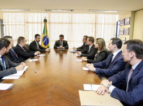 Sérgio Moro confirma ao governador Eduardo Leite o início das obras de presídio federal no Rio Grande do Sul em 2020