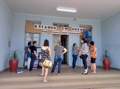 O comando de greve dos professores estaduais considerou positivo o primeiro dia de paralisação da categoria no Rio Grande do Sul