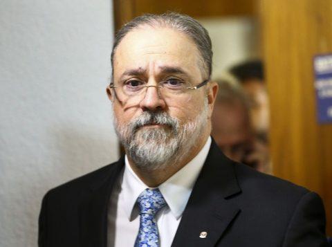 MBL pede prisão preventiva de Lula e Dirceu ao Ministério Público Federal