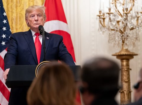A saúde de Donald Trump volta a levantar dúvidas após a visita do presidente dos Estados Unidos a um centro médico