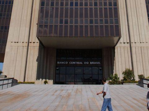 Economia brasileira acelera em setembro e cresce 0,44%, diz o Banco Central