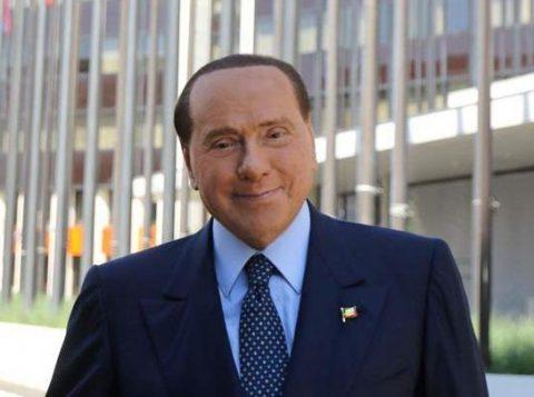 O ex-primeiro-ministro da Itália Silvio Beslusconi ficou em silêncio ao ser interrogado sobre as relações entre o Estado italiano e a máfia