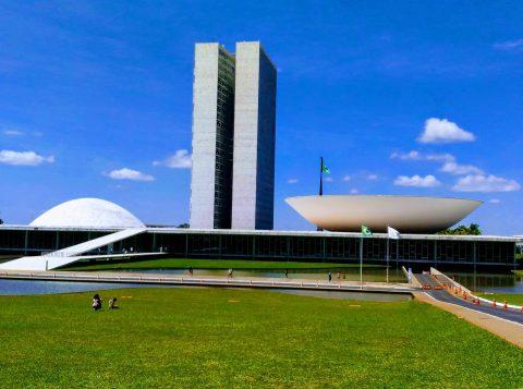 A soltura  de Lula provocará um acirramento tanto à esquerda como à direita, avaliam políticos de diversos partidos