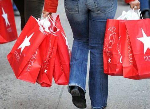 O governo federal amplia para 500 dólares o limite de compras em free shops terrestres