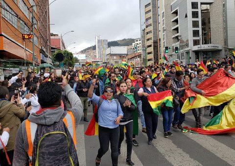 Pelo menos 23 pessoas morreram em protestos na Bolívia
