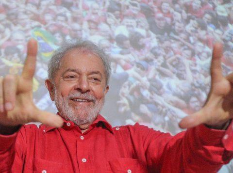 """""""O PT não tem que fazer autocrítica"""", afirmou Lula em um evento do partido na Bahia"""