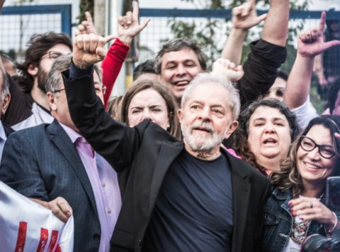 Lula pede juízo ao Congresso em discussão sobre volta da prisão após segunda instância
