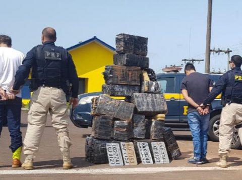 Polícia Rodoviária Federal apreende meia tonelada de maconha na BR-101, em Torres
