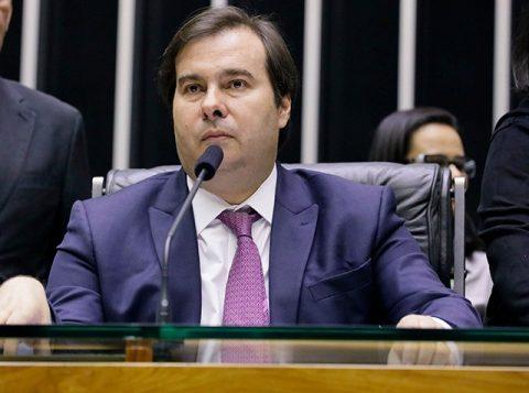O presidente da Câmara dos Deputados anuncia um pacote com propostas de combate à desigualdade e à pobreza
