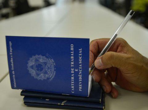 Medida Provisória acaba com o registro de corretores de seguros