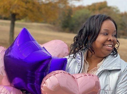 Mulher passou quinze anos na prisão por causa de abuso infantil cometido pelo pai de seus filhos