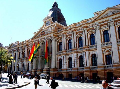 A renúncia do presidente Evo Morales causou um debate internacional sobre como caracterizar os eventos na Bolívia