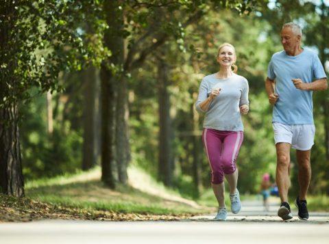 Saiba por que correr é bom para a saúde mental dos mais velhos